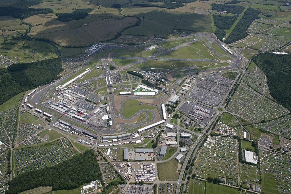 Grand Prix Racing At Silverstone