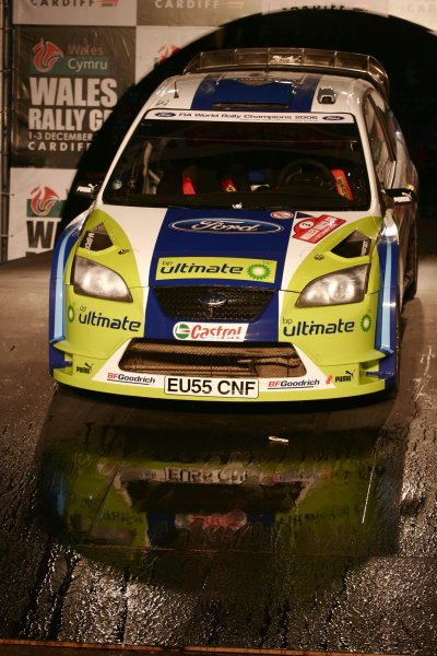 2006 World Rally Championship.Round 16, Wales Rally GB. 1st - 3rd  December 2006.The car of Marcus Gronholm/Timo Rautianen Ford Focus RS WRC 06 sits on the finish ramp. Action. Atmosphere.World Copyright: Drew Gibson/LAT Photographic.Ref: Digital Image Only.