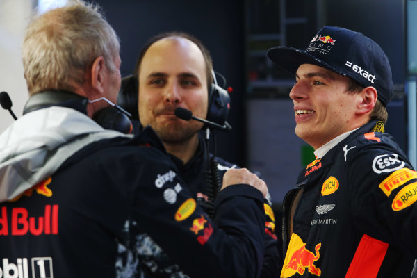 Shanghai International Circuit, Shanghai, China.  Friday 07 April 2017. Max Verstappen, Red Bull, talks to Helmut Markko, Consultant, Red Bull Racing.  World Copyright: LAT Images ref: Digital Image AN7T3239