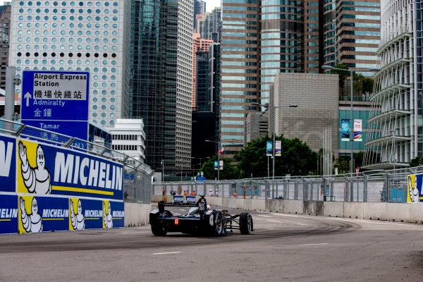 2016/2017 FIA Formula E Championship. Hong Kong ePrix, Hong Kong, China. Sunday 9 October 2016. Stephane Sarrazin (FRA), Venturi, Spark-Venturi, Venturi VM200-FE-02.  Photo: Zak Mauger/LAT/Formula E ref: Digital Image _X0W2245