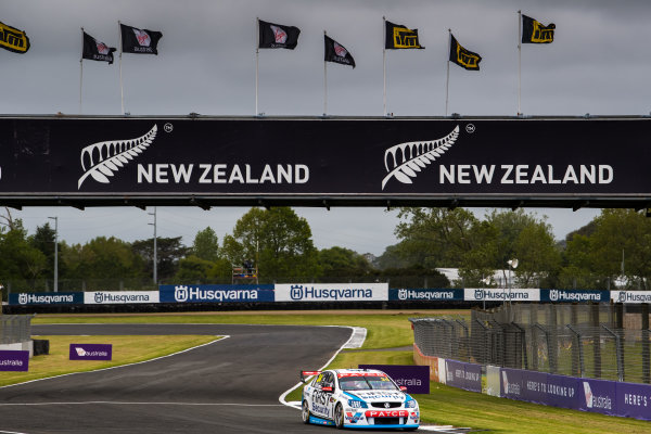2017 Supercars Championship Round 14.  Auckland SuperSprint, Pukekohe Park Raceway, New Zealand. Friday 3rd November to Sunday 5th November 2017. James Moffat, Garry Rogers Motorsport.  World Copyright: Daniel Kalisz/LAT Images  Ref: Digital Image 031117_VASCR13_DKIMG_0304.jpg