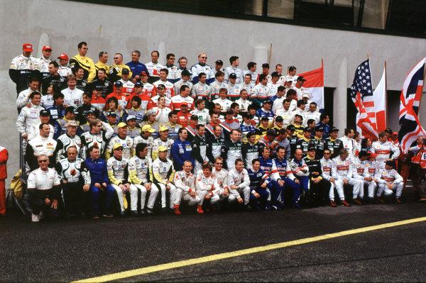 2001 Le Mans 24 Hours Le Mans, France. 16th - 17th June 2001 World Copyright - LAT Photographic ref: 01LM02.