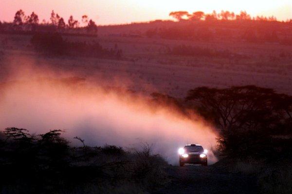 2000 World Rally ChampionshipRound 3, Safari WRC25th - 27th Feb 2000Juha Kankkunen (Subaru Impreza) action.Photo: McKlein/LAT