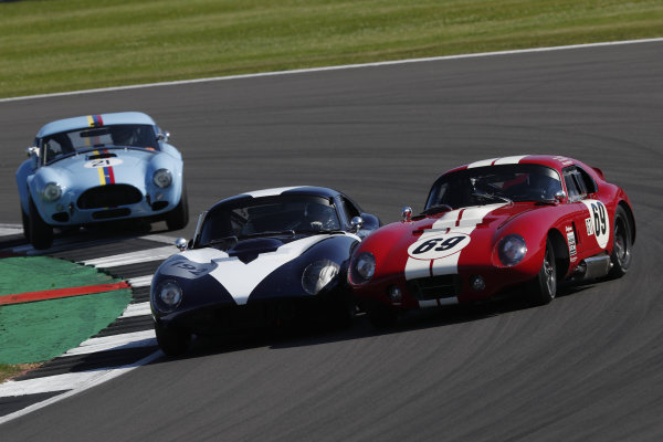 Julian Thomas, Shelby Daytona Coupe, battles Andrew Jordan, AC Cobra Daytona Coupe