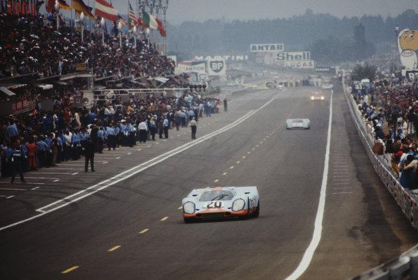 Jo Siffert / Brian Redman, J. W. Automotive Engineering Ltd., Porsche 917K.