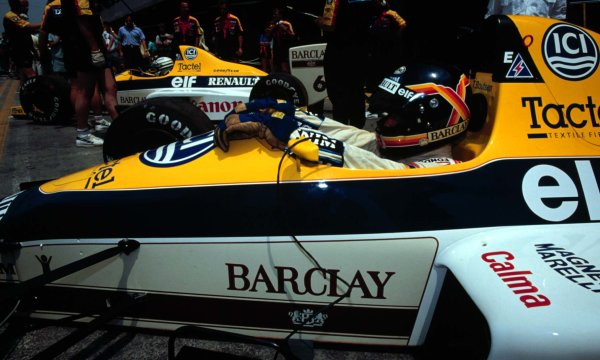 1989 French Grand Prix.Paul Ricard, Le Castellet, France.7-9 July 1989.Thierry Boutsen and Riccardo Patrese (both Williams FW12C Renault) in the pit lane.World Copyright - LAT Photographic