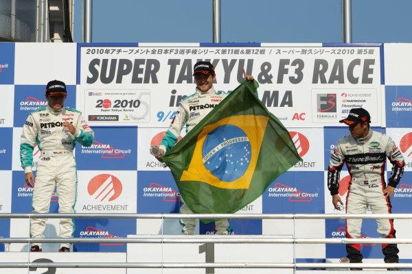 2010 Japanese Formula Three ChampionshipOkayama, Japan. 4th September 2010.Rd 11 Winner Rafael Suzuki ( #36 PETRONAS TEAM TOM'S ) 2nd position Yuji Kunimoto ( #1 PETRONAS TEAM TOM'S ) 3rd position Yuhi Sekiguchi ( #12 ThreeBond Racing ) podium.World Copyright: Yasushi Ishihara/LAT Photographicref: 2010JF3_R11_004