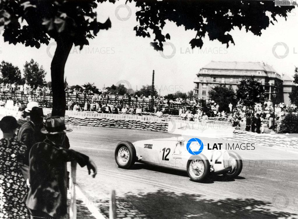 Nepliget Park, Budapest, Hungary.21 June 1936.Hans Stuck (Auto Union C-typ), 5th position.Published-Autocar 26/6/1936 p1234.World Copyright - LAT Photographic