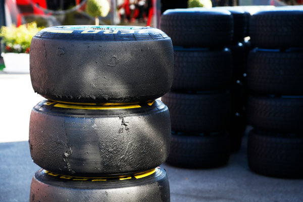 Autodromo Nazionale di Monza, Monza, Italy. Sunday 6 September 2015. Worn tyres. World Copyright: Jed Leicester/LAT Photographic ref: Digital Image _L2_9454