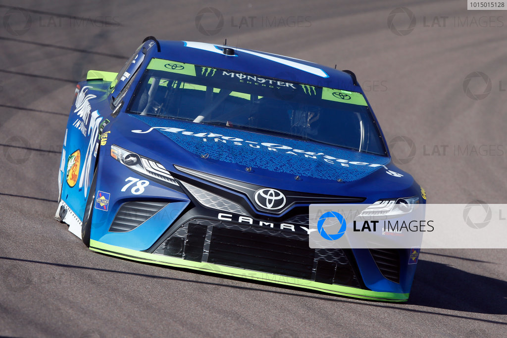 Monster Energy NASCAR Cup Series Can-Am 500 Phoenix Raceway, Avondale, AZ USA Friday 10 November 2017 Martin Truex Jr, Furniture Row Racing, Auto-Owners Insurance Toyota Camry World Copyright: Lesley Ann Miller LAT Images