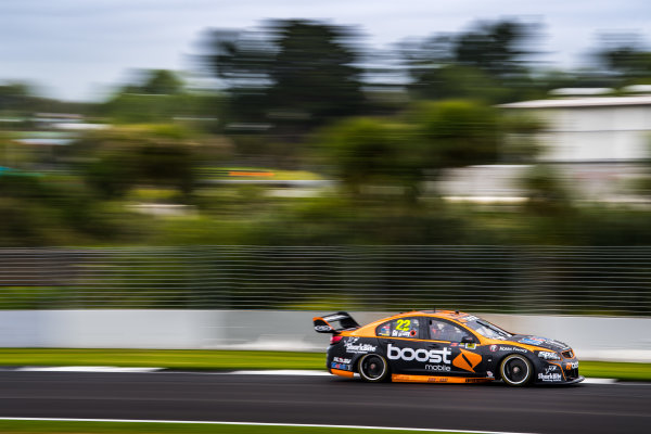 2017 Supercars Championship Round 14.  Auckland SuperSprint, Pukekohe Park Raceway, New Zealand. Friday 3rd November to Sunday 5th November 2017. James Courtney, Walkinshaw Racing.  World Copyright: Daniel Kalisz/LAT Images  Ref: Digital Image 031117_VASCR13_DKIMG_0315.jpg