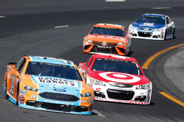 Monster Energy NASCAR Cup Series Overton's 301 New Hampshire Motor Speedway, Loudon, NH USA Sunday 16 July 2017 Clint Bowyer, Stewart-Haas Racing, Nature's Bakery/Feeding America Ford Fusion Kyle Larson, Chip Ganassi Racing, Target Chevrolet SS World Copyright: Matthew T. Thacker LAT Images