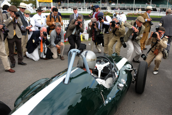 2016 Goodwood Revival Goodwood Estate, West Sussex,England 9th - 11th September 2016 Jack Brabham Tribute Parade David Brabham World Copyright : Jeff Bloxham/LAT Photographic Ref : Digital Image