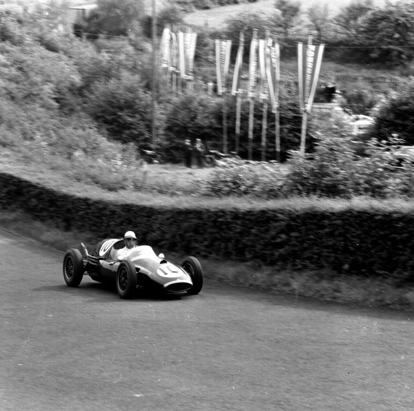 1958 German Grand Prix.Nurburgring, Germany.1-3 August 1958.Roy Salvadori (Cooper T45 Climax) 2nd position.Ref-2289.World Copyright - LAT Photographic