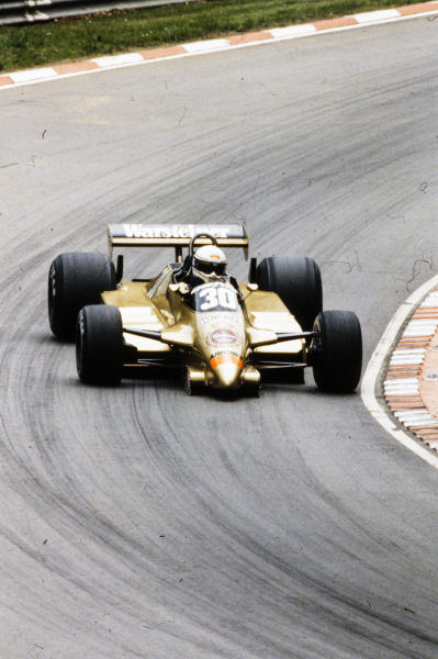 Jochen Mass, Arrows A3 Ford.