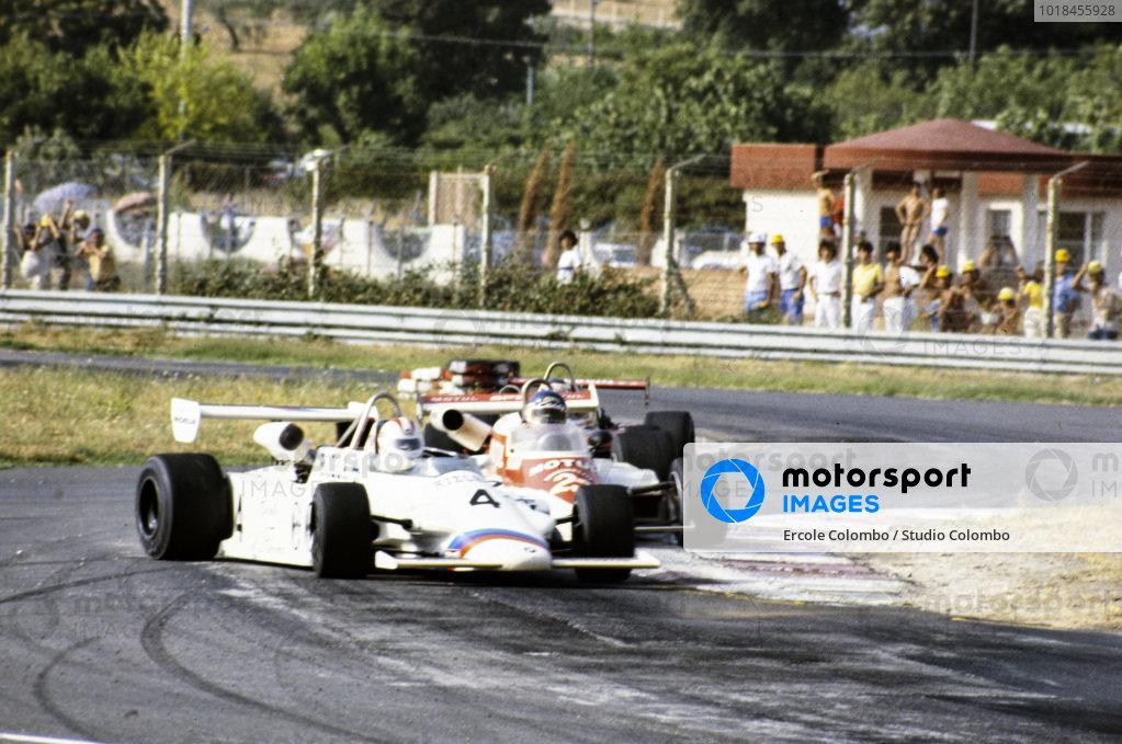 Johnny Cecotto, March 822 BMW/Rosche, gets sideways.