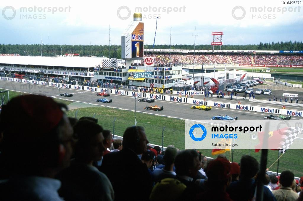 formula one world championship dtm photo rh motorsportimages com Military Installation Guide Submersible Well Pump Installation