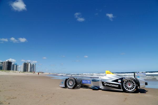 FIA Formula E Test Day. Formula E Car on the beach. Punta Del Este, Uruguay, South America. Formula E Third Race Event, 11th - 14th December 2014. Sunday 14 December 2014.  Photo: Adam Warner/LAT/FE ref: Digital Image _L5R5052