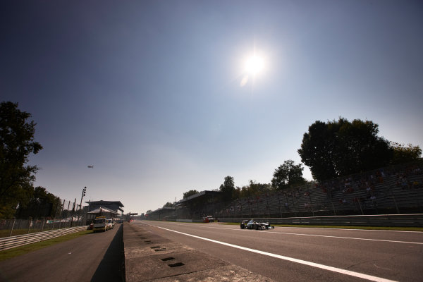 Autodromo Nazionale di Monza, Monza, Italy. 9th September 2011. Sergio Perez, Sauber C30 Ferrari. Action.  World Copyright: Steve Etherington/LAT Photographic ref: Digital Image SNE28967