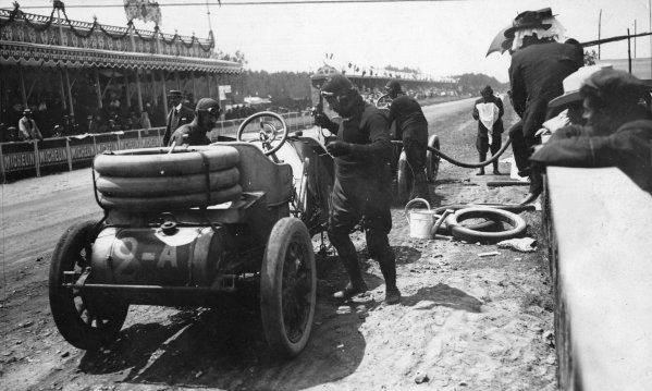 Le Mans, France.26-27 June 1906.Vincenzo Lancia (Fiat 130hp), 5th position.Published-Autocar 7/7/1906 p28. Ref-S65/3367.World Copyright - LAT Photographic