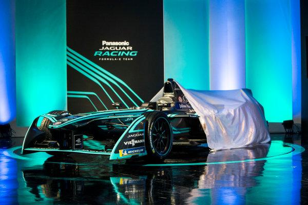 Panasonic Jaguar Racing RE:CHARGE LIVE EVENT Whitely Engineering Centre, Warwickshire, UK Thursday 21 September 2017. The new Jaguar Racing I-TYPE 2 Formula E car is unveiled. Photo: Andrew Ferraro/LAT/Jaguar ref: Digital Image _FER7741