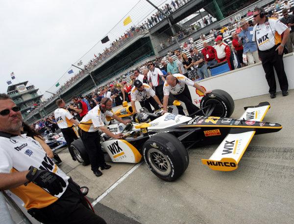 21-22 May, 2011, Indianapolis, Indiana, USAPaul Tracy is pushed down the qualifying lane©2011, Maria W. GradyLAT Photo USA