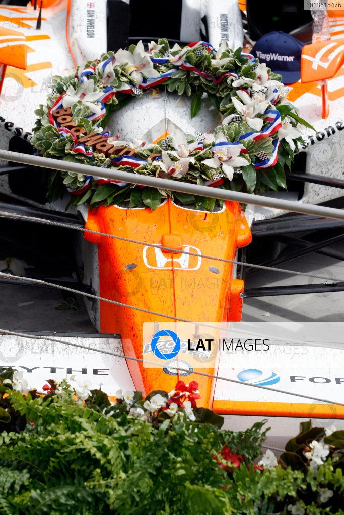 29 May, 2011, Indianapolis, Indiana, USADan Wheldon's car in victory lane© 2011 Phillip AbbottLAT Photo USA
