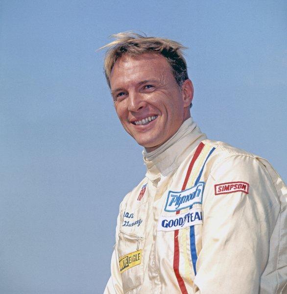 1970 Dutch Grand Prix.Zandvoort, Holland.19- 21 June 1970.Dan Gurney (McLaren M14A Ford) retired, portrait.Ref-colour transparency.