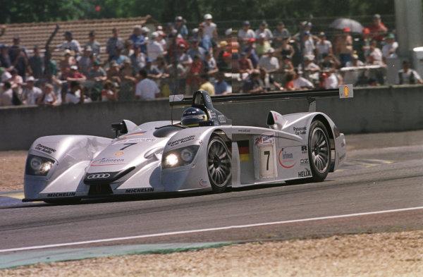 2000 Le Mans 24 Hours.Le Mans, France.17-18 June 2000.Michele Alboreto (Audi R8), 3rd position.World - LAT Photographic