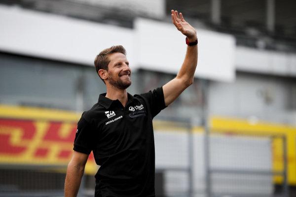 Romain Grosjean, Haas F1 waves to fans