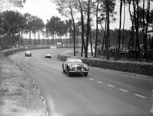 Charles Brackenbury / Reg Parnell, Aston Martin, Aston Martin DB2.