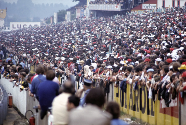 The crowd at Le Mans.