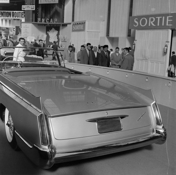 Pininfarina Cadillac Skylight prototype (rear)