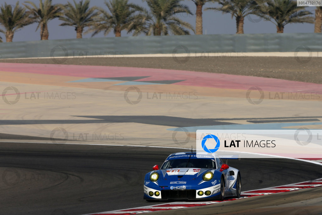 2016 FIA World Endurance Championship, Bahrain International Circuit, 17th-19th November 2016, Christian Reid / Wolf Henzler / Joel Camathias - KCMG Porsche 911 RSR  World Copyright. Jakob Ebrey/LAT Photographic