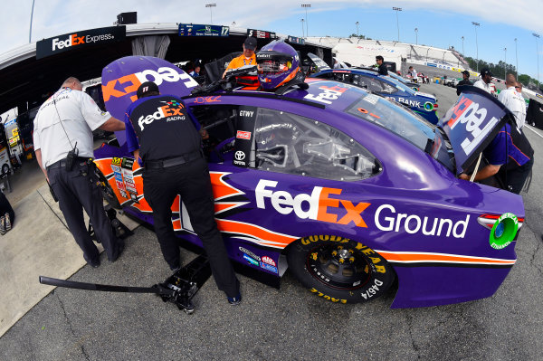 Monster Energy NASCAR Cup Series Toyota Owners 400 Richmond International Raceway, Richmond, VA USA Friday 28 April 2017 Denny Hamlin, Joe Gibbs Racing, FedEx Ground Toyota Camry World Copyright: Nigel Kinrade LAT Images ref: Digital Image 17RIC1nk00048
