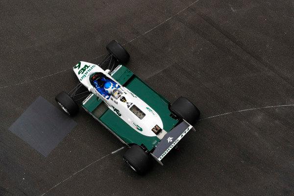 Keke Rosberg drives his championship winning Williams FW08 around the circuit.