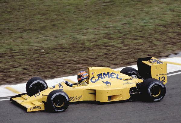 1990 Brazilian Grand Prix.Interlagos, Sao Paulo, Brazil.23-25 March 1990.Martin Donnelly (Lotus 102 Lamborghini).Ref-90 BRA 14.World Copyright - LAT Photographic