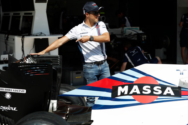 Interlagos, Sao Paulo, Brazil. Thursday 10 November 2016. Felipe Massa, Williams Martini Racing, unveils a new livery for his final home grand prix. World Copyright: Glenn Dunbar/LAT Photographic ref: Digital Image _X4I1845