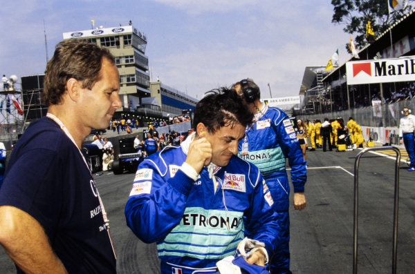 Gerhard Berger and Jean Alesi on the grid.