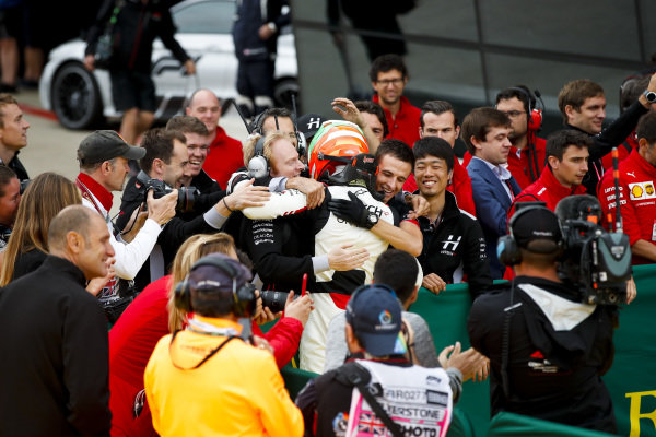 Race Winner Leonardo Pulcini (ITA), Hitech Grand Prix  celebrates in parc ferme with his team