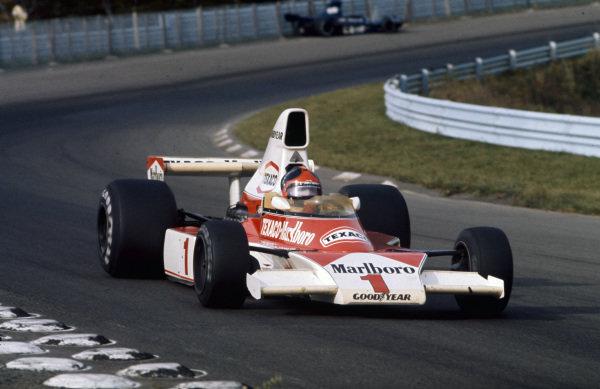 Emerson Fittipaldi, McLaren M23 Ford.