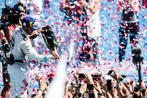 Sam Bird (GBR), Envision Virgin Racing, 1st position,  sprays champagne onto the crowd below