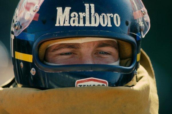 James Hunt (GBR) McLaren took the World Championship at Mount Fuji. Japanese Grand Prix, Fuji, Japan, 24 October 1976. BEST IMAGE