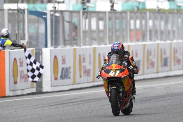 Brad Binder, KTM Ajo, wins