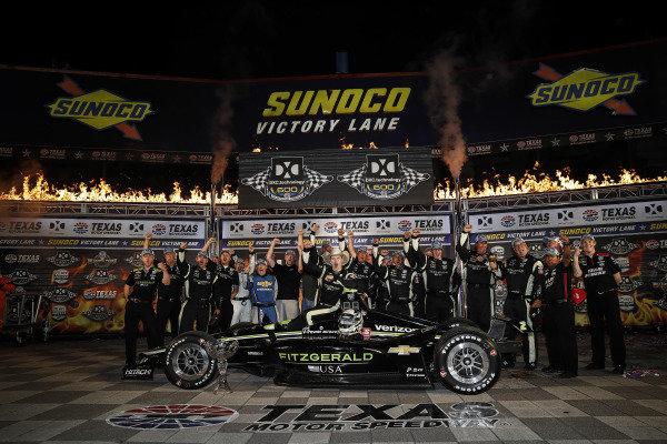 Josef Newgarden, Team Penske Chevrolet, podium, Victory Lane, team