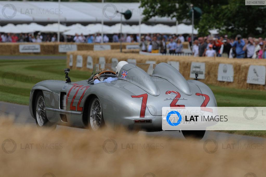 2015 Goodwood Festival of Speed 25th - 28th June 2015 Mercedes-Benz 300SLR Stirling Moss World Copyright : Jeff Bloxham/LAT Photographic Ref : Digital Image