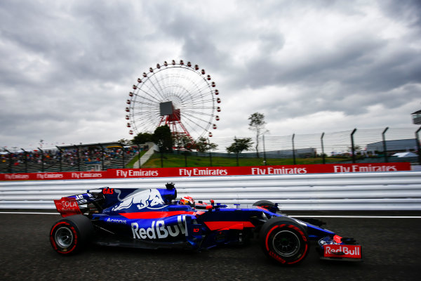 Suzuka Circuit, Japan. Friday 06 October 2017. Pierre Gasly, Toro Roso STR12 Renault.  World Copyright: Andy Hone/LAT Images  ref: Digital Image _ONZ1621