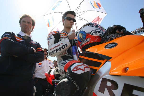 2008 Moto GP ChampionshipJerez, Spain. 28th - 30th March 2008.Dani Pedrosa Repsol Honda starts from pol position for his home MotoGP while manager Alberto Puig looks on.World Copyright: Martin Heath/LAT Photographicref: Digital Image Only