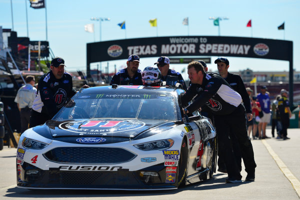 2017 Monster Energy NASCAR Cup Series O'Reilly Auto Parts 500 Texas Motor Speedway, Fort Worth, TX USA Friday 7 April 2017 Kevin Harvick World Copyright: Logan Whitton/LAT Images ref: Digital Image 17TEX1LW0006