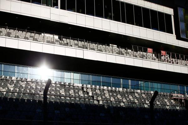 Sochi Autodrom, Sochi, Russia. Thursday 27 April 2017. Sochi Autodrom grandstand atmosphere. World Copyright: Andy Hone/LAT Images ref: Digital Image _ONZ8929